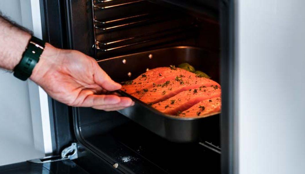 Cum să cureți un cuptor fară chimicale