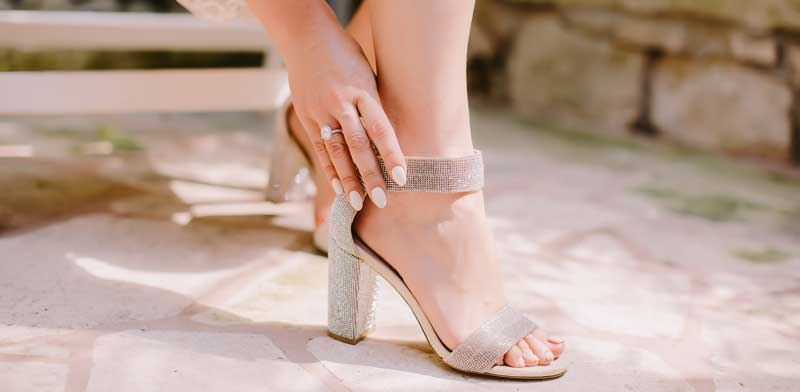 de-ce-e-bine-sa-ai-o-pereche-de-pantofi-stiletto-comozi
