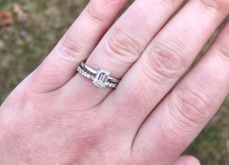 inel din argint cu smarald