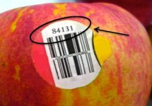 Dacă vezi această etichetă pe un fruct nu îl cumpăra! Iată ce înseamnă